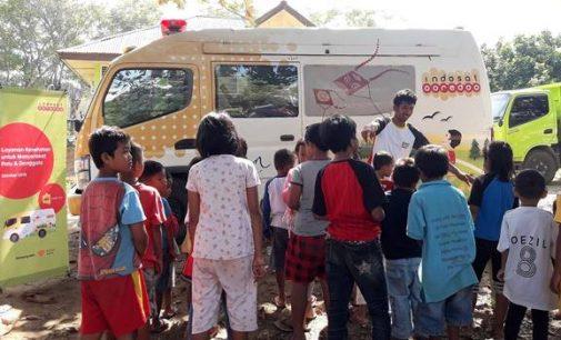 Indosat Ooredoo Sediakan Mobil Klinik dan Telepon Gratis di Lokasi Bencana