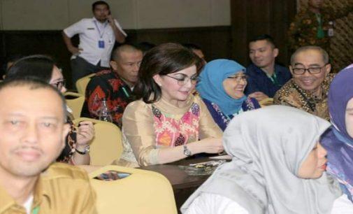 Bupati Tetty Paruntu Hadiri Rakornas dan Evaluasi PM3D
