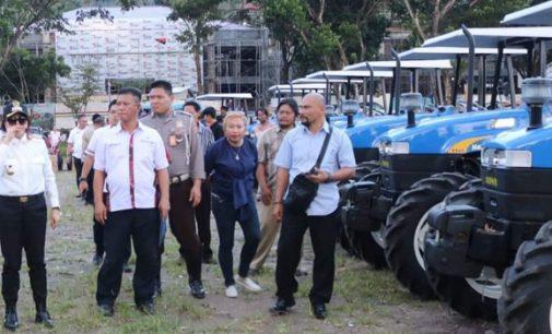 Puluhan Traktor Bantuan Kementerian Pertanian 'Landing' di Minut