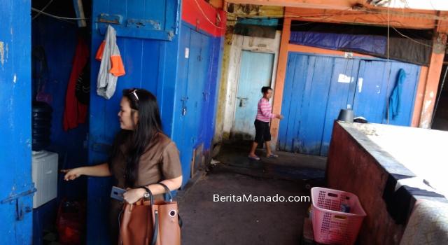 Kios Pasar Bersehati yang dijadikan tempat tinggal