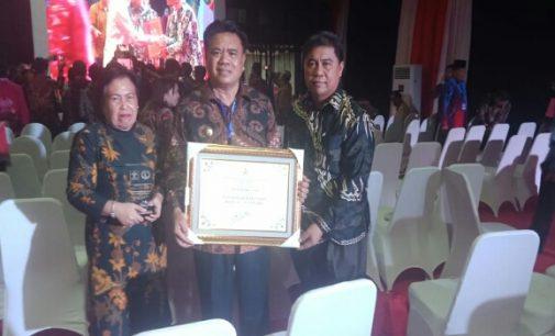 Lagi, Pemkab Sangihe Terimah Penghargaan Kabupaten Peduli HAM
