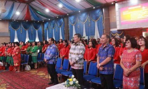 Rayakan Natal Bersama Guru Paud se-Kota Manado, Vicky Lumentut: Tugas Kita Siapkan Masa Depan Anak