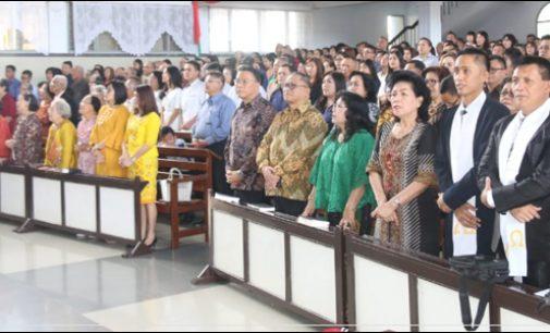 Jimmy Eman Bersama Jajarannya Hadiri Ibadah Tahun Baru