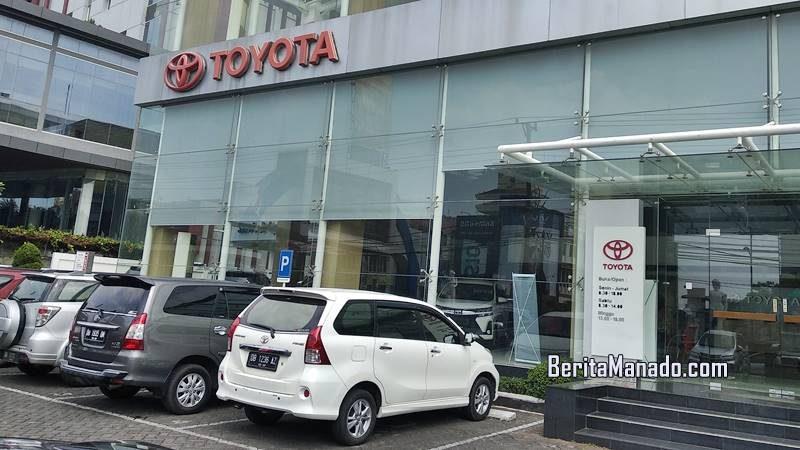 Hasjrat Toyota Jalan Piere Tendean (Boulevard) depan Mantos Manado