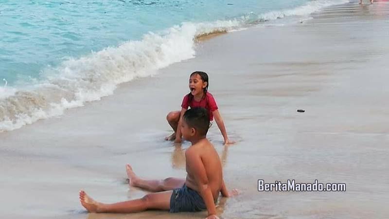 Pantai pulisan liburan terasa menyenangkan