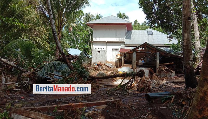 FOTO: Keadaan Usai Diterpa Banjir Bandang di Kampung Lebo