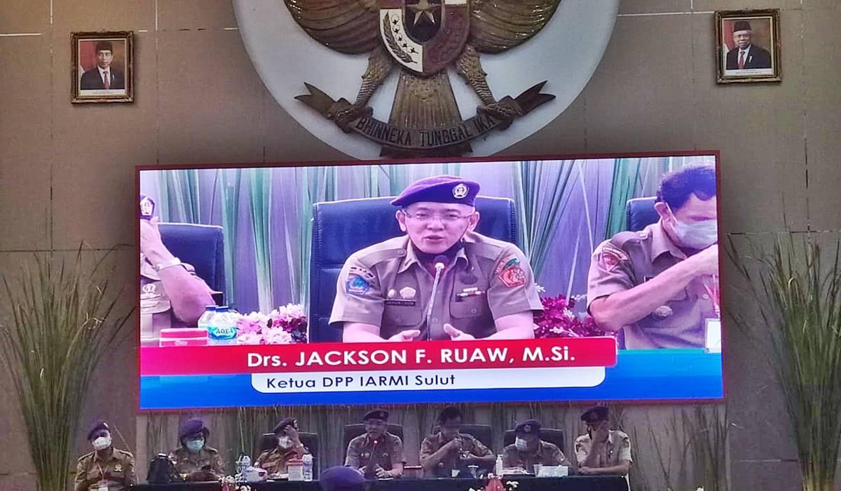 Drs. Jackson F Ruaw, M.Si.