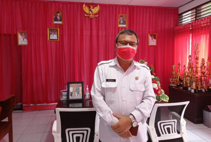 Kadis Pendidikan Minahasa Drs Riviva Maringka MSi (foto BeritaManado.com)